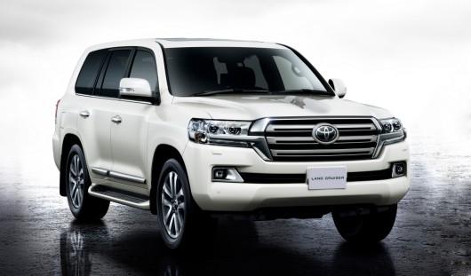 2016 Toyota Land Cruiser 200: Premiere in Japan