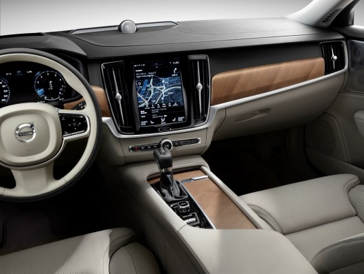 1449128590_volvo-s90-revealed-in-official-press-photos_47