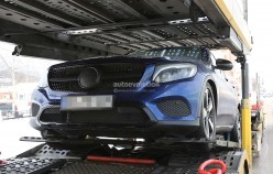 1458137256_2017-mercedes-benz-glc-coupe-shows-up-virtually-unmasked_30