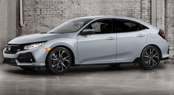 Honda unveiled its new Civic hatchback in 2017