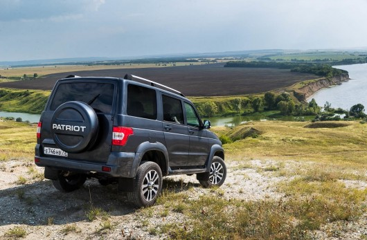 Update UAZ Patriot, former appearance, a new filling