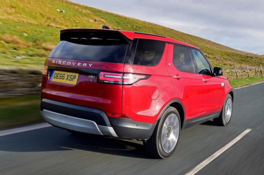 Compare three prestigious and tough crossover from Land Rover, Audi and Volvo 2017