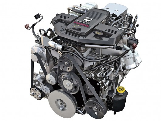 What distinguishes the diesel engine from diesel