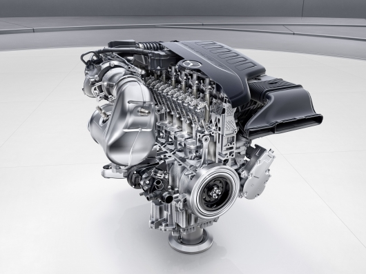 Mercedes thinks about the return of their iconic inline motors: what's the advantage?
