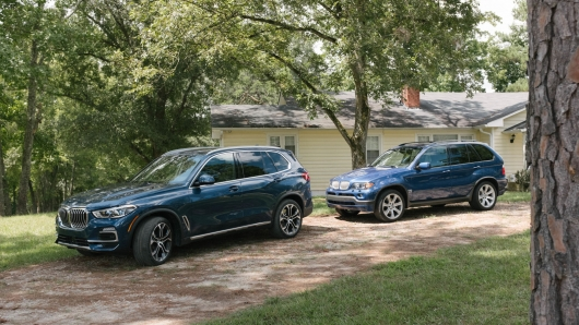 2019 BMW X5 not only can fly on the highway, but crawling through the woods: Test
