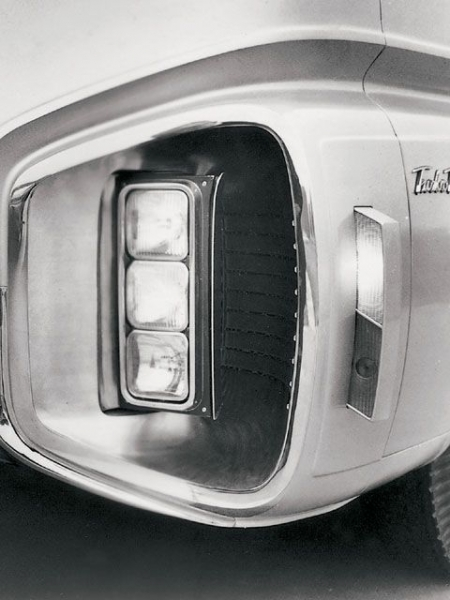 This Chevrolet turn signals were removed: the strangest option for half a century