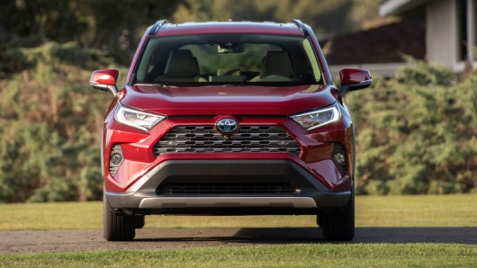 Test drive the fifth-generation 2019 Toyota RAV4: first impressions