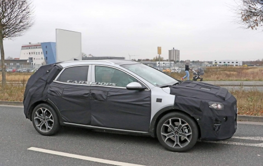 Kia launched to test the popular Led a new generation [At this time, the crossover]