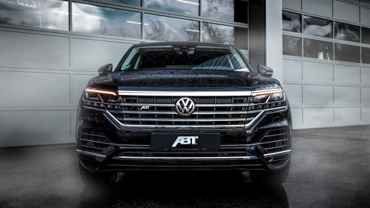 New VW Touareg ABT tuner boosts the power and size of the wheels