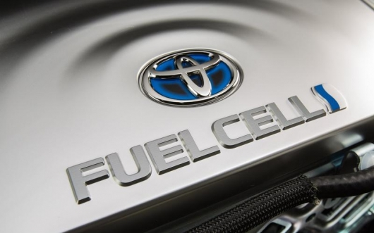 How many types of fuel that can move cars?