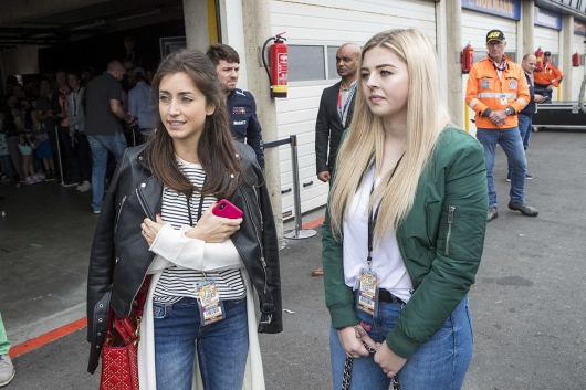 The wives of the pilots of Formula 1: 13 companions