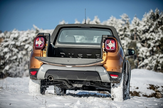Renault Duster is presented in the form of a pickup truck
