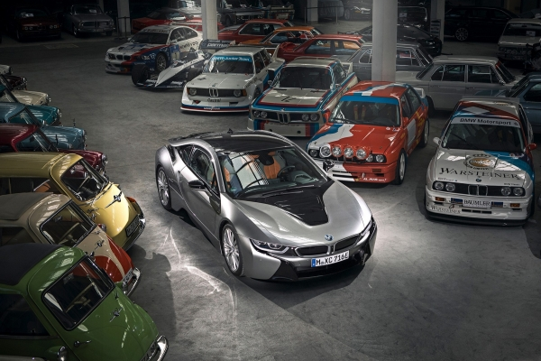 Time in Museum: BMW says goodbye to the hybrid sports car i8
