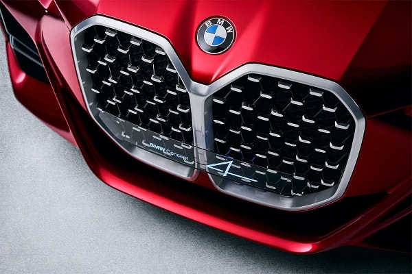 The new BMW M2 will receive a giant grille
