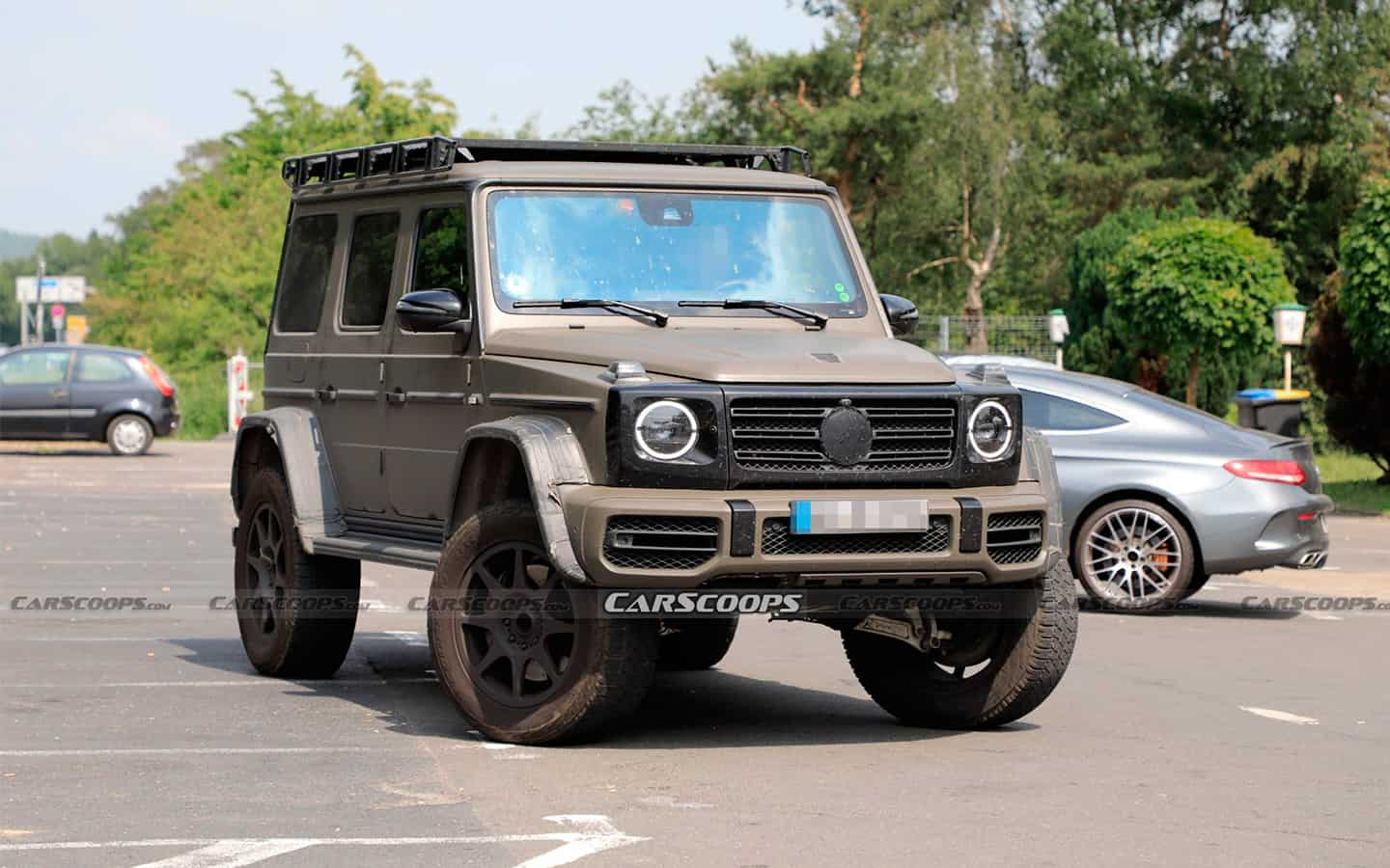 Mercedes brought to the test an extreme G-Class in a military style