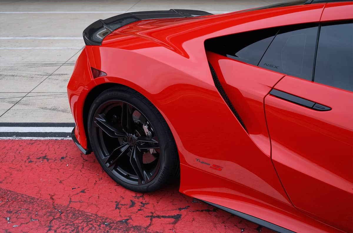 The fastest version of the supercar Acura NSX received a 608-horsepower engine