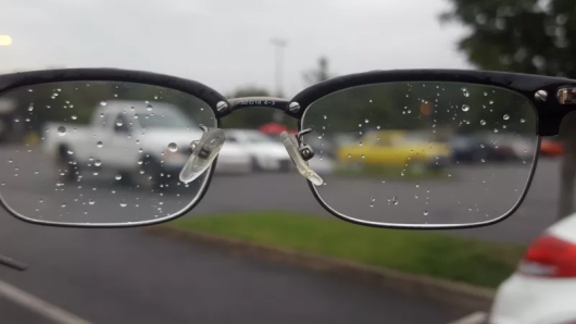 As employees of traffic police breed of drivers who instead of glasses use lenses