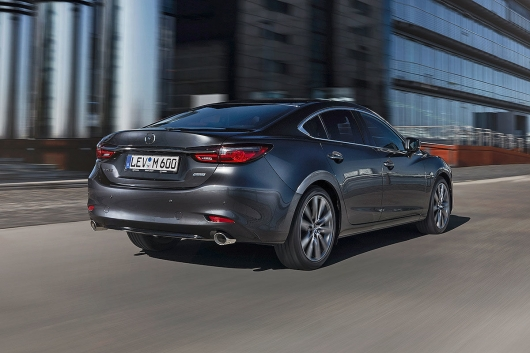 Mazda6 with a new interior: an Overview